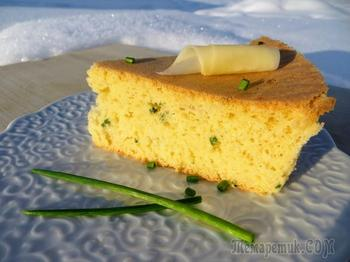 Бисквит с сыром и зеленым луком