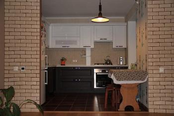 Кухня: объединили с гостиной, потому что очень любим принимать гостей