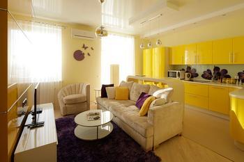 Интерьер квартиры в желтых тонах 52 кв. м.