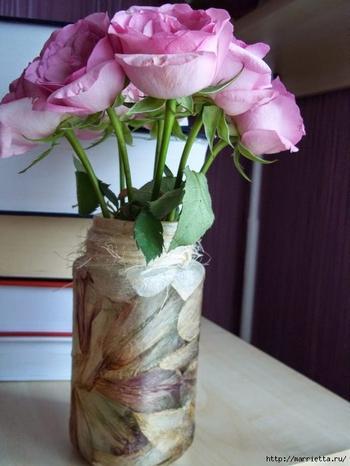 Декорирование предметов сухими лепестками цветков