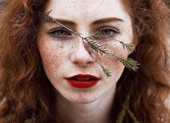 20 фотографий рыжеволосых девушек, чья красота ослепляет и восхищает одновременно