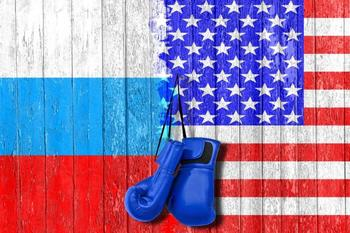 Штаты сдались: Facebook и Twitter подтвердили авторитет Роскомнадзора.
