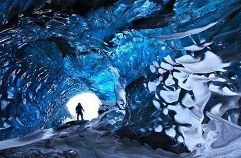 Ватнаёкюдль — крупнейший ледник Европы