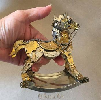 Стимпанк-скульптуры из деталей от старых часов