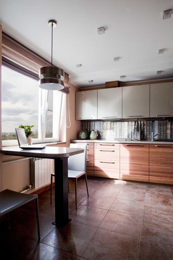 Как обустроить кухню-гостиную в типовой квартире: реальный пример в Москве