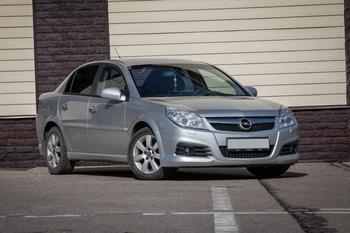 Opel Vectra C с пробегом: слабые места кузова и проблемная электрика