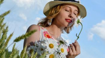 Все про неприятный запах от тела: причины, как избавиться