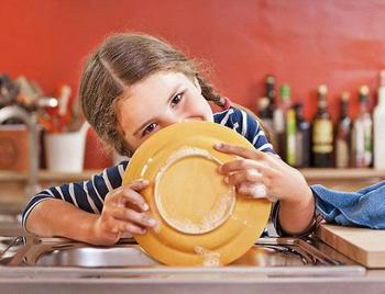 Как мотивировать ребенка помогать в домашних делах?