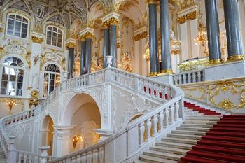 Зимний дворец Санкт-Петербурга: Великолепные интерьеры его парадных залов в наше время и на рисунках художников XIX века