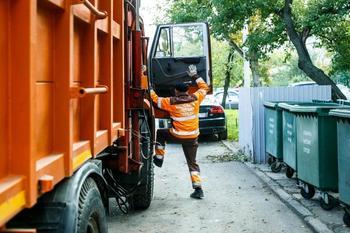 В России плата за вывоз мусора может вырасти в 50 раз
