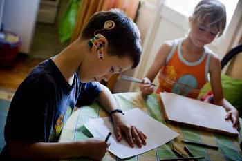 Пенсия по уходу за ребенком-инвалидом: условия оформления, необходимая документация и расчет суммы