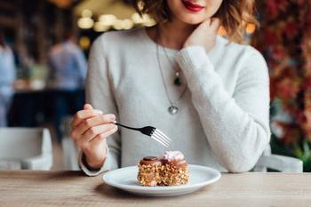 4 простых правила как побороть тягу к сладкому