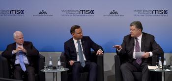 Украинские СМИ разгромили выступление Порошенко в Мюнхене.