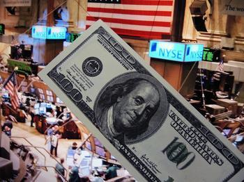 """""""Долговая бомба"""": в США признали угрозу дефолта через восемь лет"""