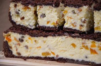 Сырник с изюмом и курагой (в духовке)