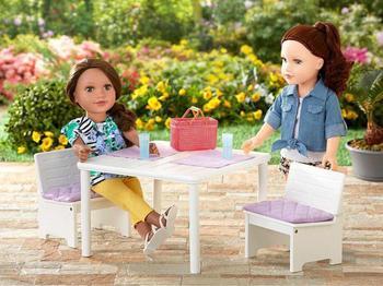 Как сделать стол для кукол своими руками?