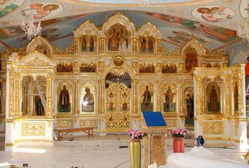 К чему снится церковь с иконами внутри: толкования современных сонников