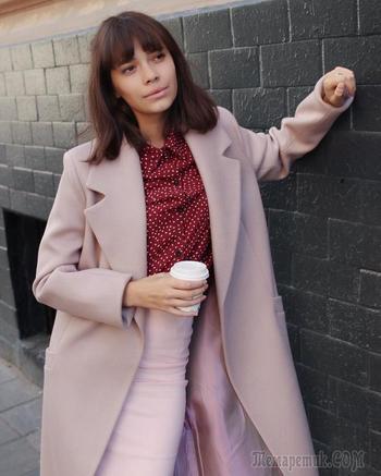 17 нежных идей с чем носить пудровое пальто
