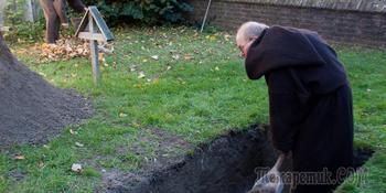 В Новосибирске прошел чемпионат по копанию могил на скорость