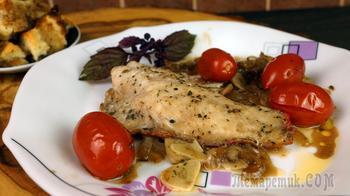 Рыбное филе окуня запечённое в маринаде с овощным гарниром