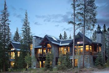 Горное шале с изюминкой в лесах Колорадо