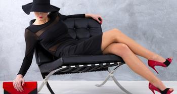 Черное платье: с чем стильно сочетать