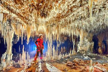 Настоящий подземный дворец в Бразилии