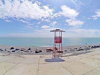 Отец Георгий из Евпатории просит чиновников восстановить пляж для нудистов