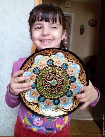 Керамическая тарелка в узбекском стиле