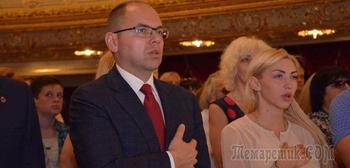 Одесские медики отказались петь гимн Украины на торжествах по случаю Дня медработника