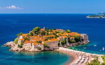 21 большая достопримечательность маленькой страны Черногории, которая точно удивит туристов