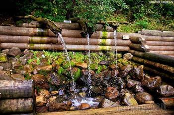 Родники, ключи, водопады - это необычные места на земле