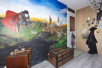 Мама превратила комнату дочери в настоящий Хогвартс