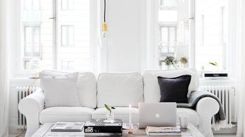 Полностью белый интерьер: квартира из инстаграма, которая каждый день выглядит по-другому