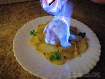Новый рецепт праздничного горячего! Вкуснятина из фарша - котлета вулкан