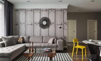 Московская квартира 95 м² с желтыми акцентами и мебелью в стиле ретро