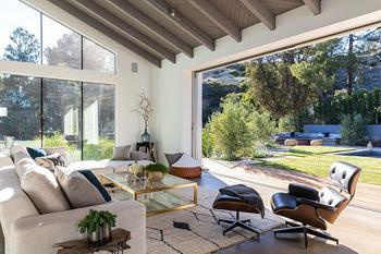 Современная резиденция посреди каньона в Лос-Анджелесе
