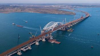 Зачем Путину нужен мост через Керченский пролив