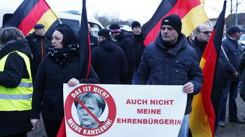 Bild в шоке — большинство восточных немцев утратило веру в демократию