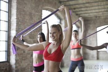 Как тренироваться с лентами сопротивления: 33 варианта упражнений для всего тела