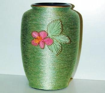 Оплетенная ваза