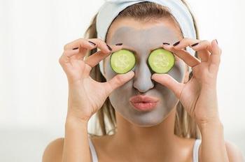 Лучшие домашние маски для для жирной кожи