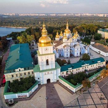 Киевские монастыри. Часть 10. Михайловский Златоверхий монастырь