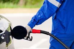 Цены на бензин повысят, чтобы построить трассу в Крыму