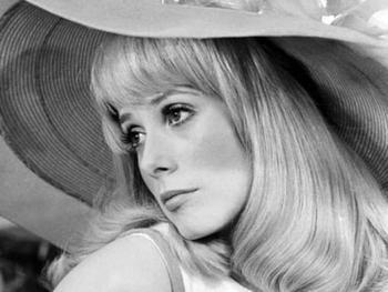 Катрин Денев – 75: Чего зрители не знают о знаменитой актрисе