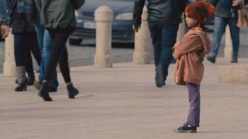 А вы бы прошли мимо потерявшегося ребенка?