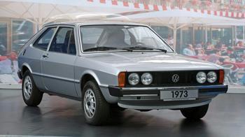 Такие разные «зубила»: сравниваем ВАЗ-2108 и Volkswagen Scirocco