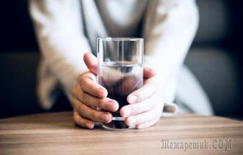 9 положительных изменений, которые произойдут в организме, если по утрам натощак пить стакан воды