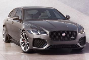 Jaguar XF 2021: породистый седан с налетом брутальности