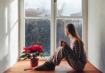 Будьте осторожны! 6 вещей, которые нельзя делать дома во время грозы